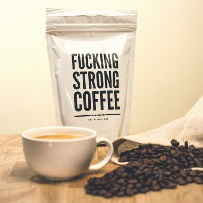 Fun au bureau - F*cking Strong Coffee : Café très fort