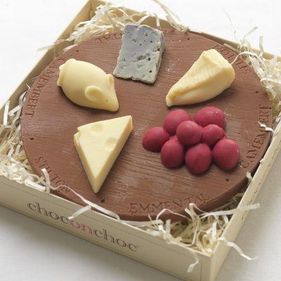 Cadeau romantique - Plateau de fromages en Chocolat
