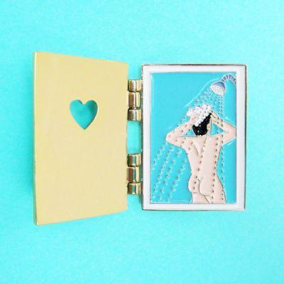 Vêtements & Accessoires - Pin's Voisin Nu