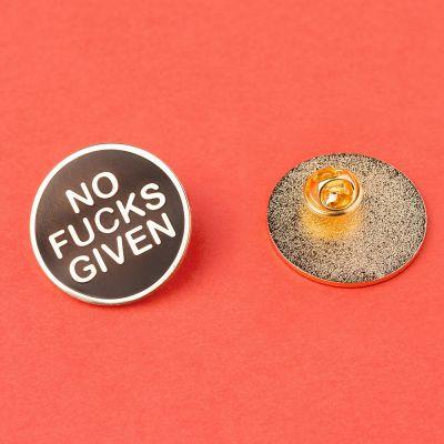 Idées cadeaux pour mettre dans le calendrier de l'avent - Pin's No Fucks Given