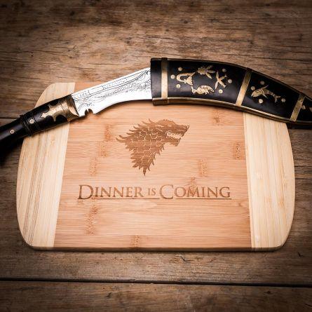 Dinner is coming Planche à découper