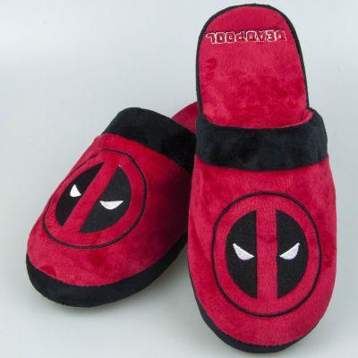 Nouveau - Chaussons Deadpool