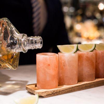 Verres & Mugs - Ensemble de 4 verres à shot en sel de l'Himalaya